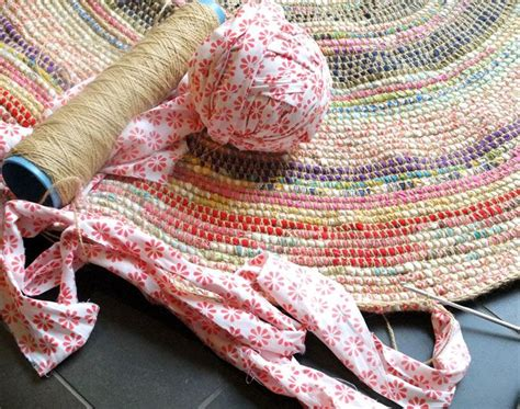 how to crochet a rag rug coil crochet scrap fabric rug diy note yarns and scrap fabric