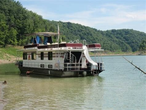 kentucky house boat family road trip destinations 4 hours or more from indy