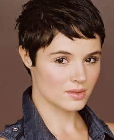 hair cut for 20 pixie haircuts for thick hair