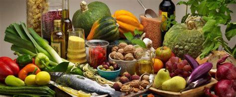 regime alimentare dimagrante la dieta zona mediterranea due diete in una per ritrovare