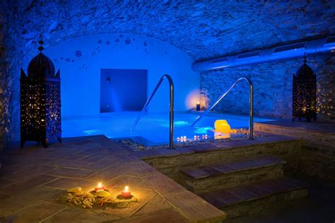 imagenes romanticas en jacuzzi escapada rom 225 ntica con spa en begur petits grans hotels