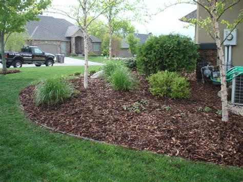 exceptional landscaping bark 12 pine bark mulch landscaping newsonair org