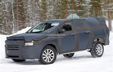 dodge mitsubishi truck all dodge dakota mid size ram truck spied
