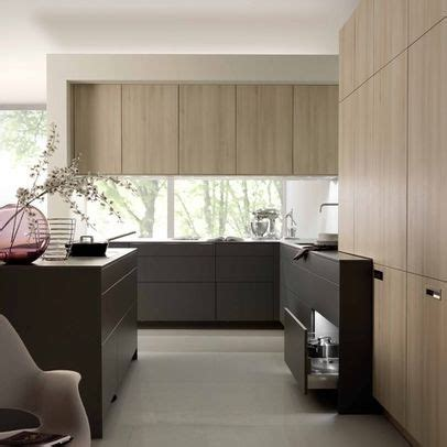 pictures of kitchens modern two tone kitchen cabinets pin by ad 232 le young on kitchens pinterest