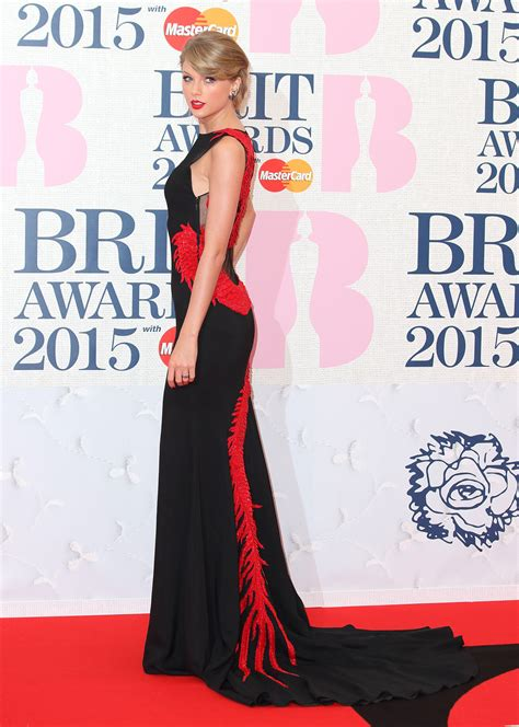 taylor swift global awards red carpet recap taylor swift more grace the 2015 brit