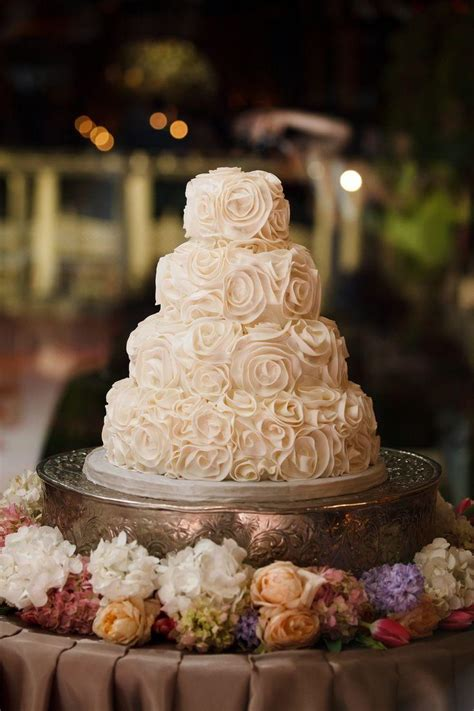 Flower Cupcakes Bouquet - wedding cupcakes stunning wedding cake amp cupcake ideas