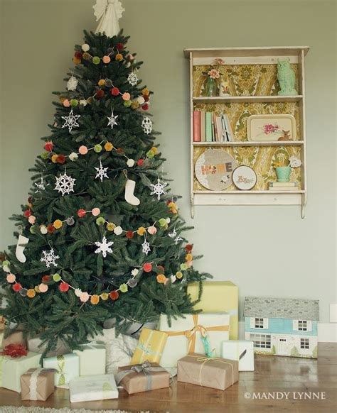 decoratingthe tree garland top 17 best ideas about tree garland on tree decorations white