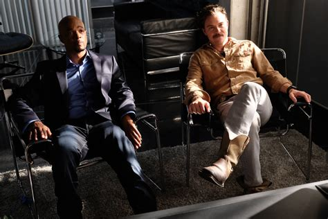 tv series lethal weapon on fox cancelled or season 2 release date