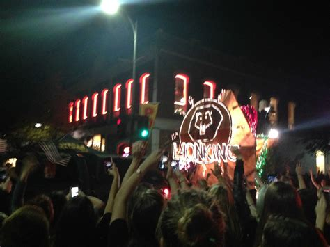 parade of lights chico greek floats light up parade the orion
