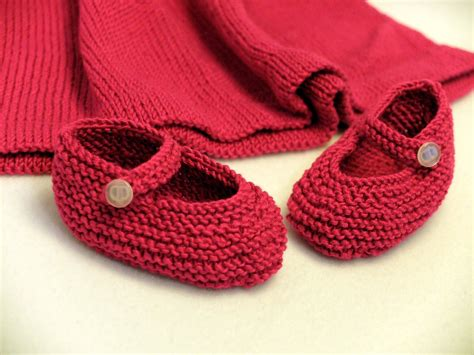 knitted baby shoes free photo shoes baby knitt wool knitting free