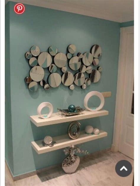 decoracion con espejos y repisas espejos c 237 rculos agrandan el espacio repisas flotantes
