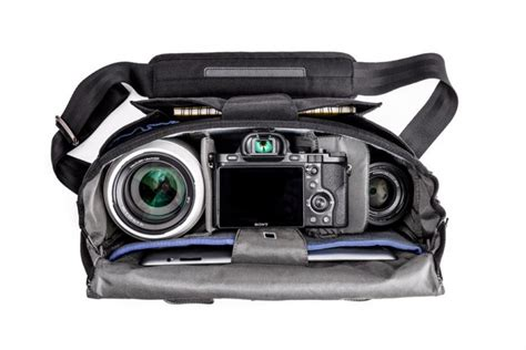 Thinktank Approach 5 Mirrorless Shoulder Bag think tank photo unveils new approach bags