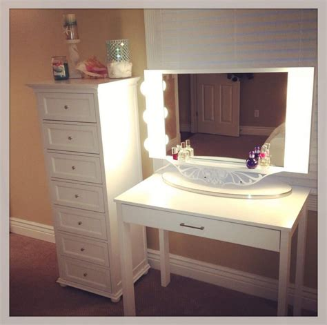 Target Makeup Vanity by Best Makeup Vanity Table With Lighted Mirror And White