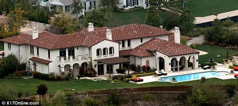 justin biebers house justin bieber buys luxury california home for 6m daily mail online