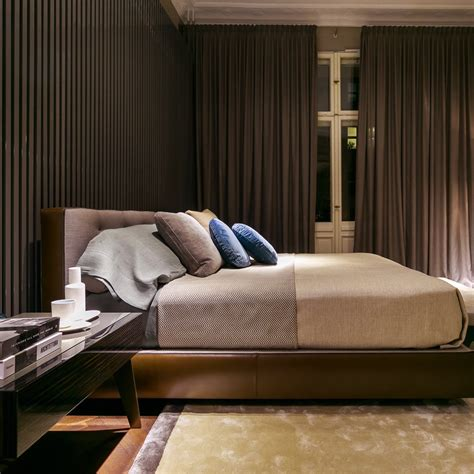 sessel schlafzimmer minotti showroom berlin berlin creme guides