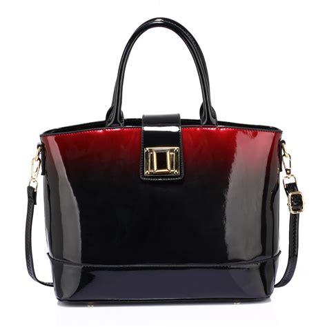 ag00329 maroon patent two tone handbag