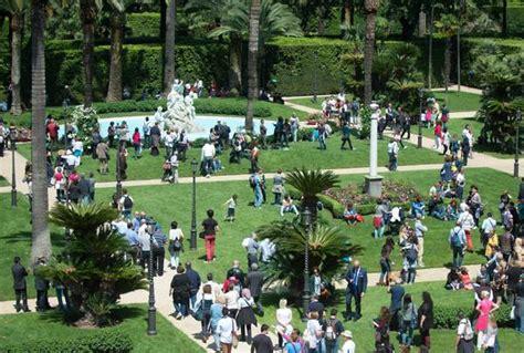 visita giardini quirinale due giugno boom visite a giardini quirinale photostory