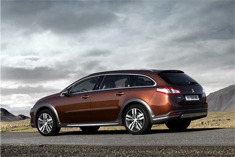 peugeot automobiles peugeot 508 rxh car review technology the observer