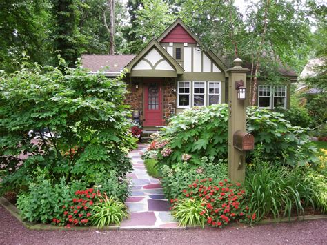 Cottage Style Landscaping gorgeous landscapes landscaping ideas and hardscape