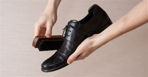 how to shine boots how to shine your dress shoes shoe shine tips s