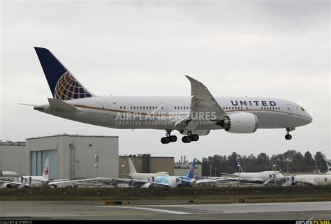 united airlines returns to paine field with new services airways n20904 united airlines boeing 787 8 dreamliner at