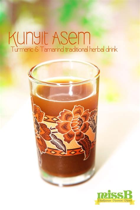 kunyit asem is a traditional herbal drink made from fresh turmeric and tamarind javanese