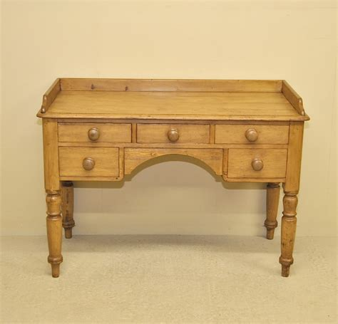 Antique Pine Desk Desk Antique