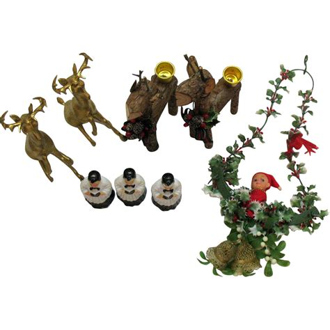 8 Pieces Of Reindeer Decor by Vintage Various 8 Pieces Decorations Displays