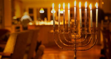 chabad candle lighting times los angeles la city hall hanukkah menorah lighting set for today