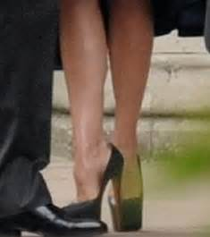 royal wedding: victoria beckham wears minimalistic navy to