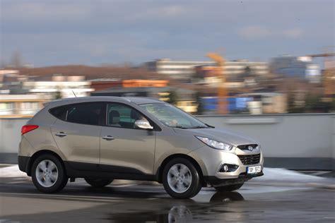 Who Makes Kia And Hyundai Kia Sportage Vs Hyundai Ix35 1 7 Crdi 4x2 Autohit