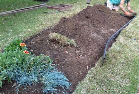 edging a flower bed flower bed edging plastic khabars net