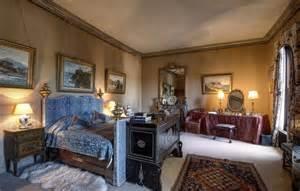 castle bedroom for castle bedrooms eastnor castle herefordshire
