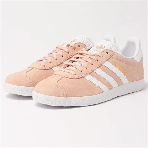 adidas uk gazelle pink suede shoe bb5472