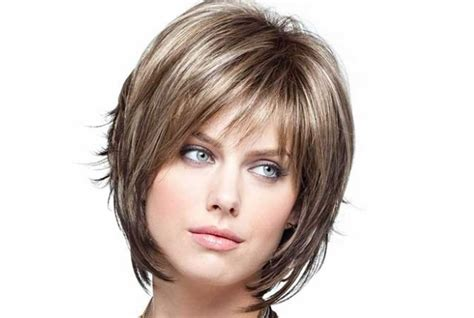 easy to manage short layered hairstyles layered short hairstyles how to style layered short