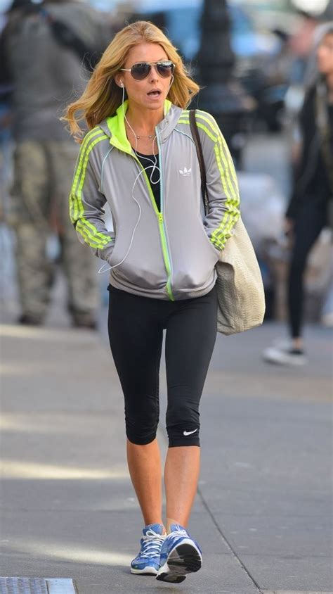 where did kelly ripa move to in nyc kelly ripa photos photos kelly ripa out for a walk in