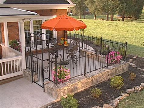Front Yard Patio Landscaping Pictures With Wrought Iron Patio Fence Designs
