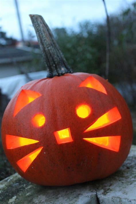 pumpkin carvings ideas  pinterest pumpkin