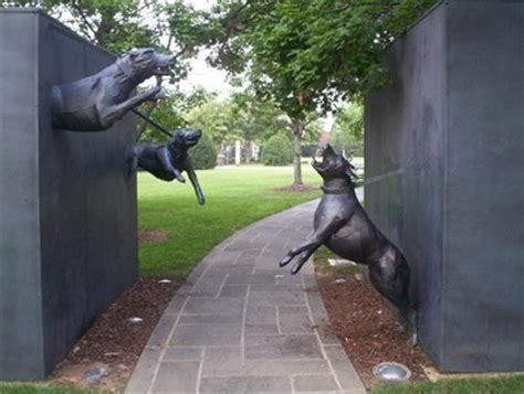 puppies birmingham al dogs sculpture birmingham alabama roadside attractions on waymarking