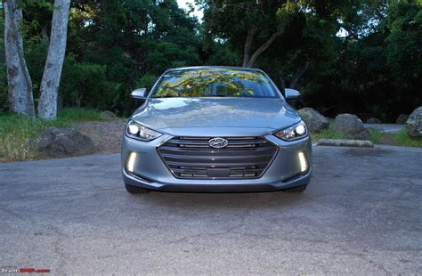 hyundai elantra 12 the 6th hyundai elantra edit launched at 12 99 lakh