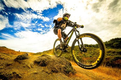 buy a mountain 3 easy tips on buying your first mountain bike the