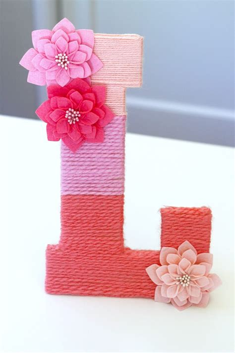 yarn covered letters diy valentines day decor ideas for home