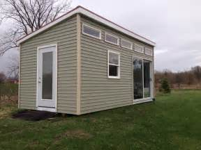 200 sq ft modern tiny house