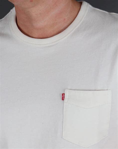 Tshirt White Smoke levis sunset pocket t shirt whitesmoke originals mens