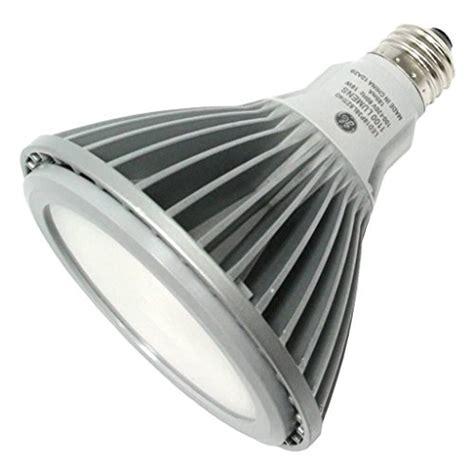 Ge 18w Par38 Led Flood Fl40 Warm White 2700k Energy Smart Energy Smart Led Light Bulbs