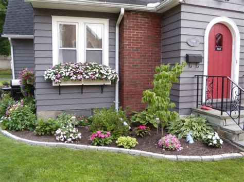 Ideas For Gardens In Front Of House Front Yard Creating Beautiful Ideas How You The Front