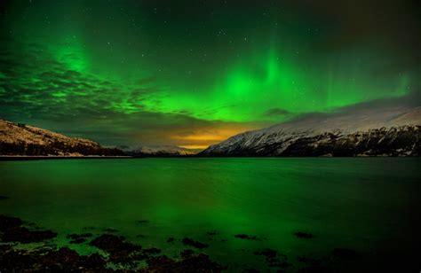 northern lights tromso september wczasy i wycieczki europa norwegia zorze polarne w tromso