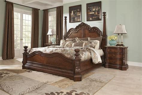 ledelle poster bedroom set ledelle bedroom b705 in brown w poster bed by ashley furniture