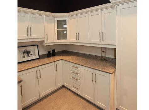 kitchen cabinet mississauga custom kitchen cabinets mississauga kitchen modern