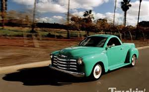 chevrolet ssr left front angle photo 5